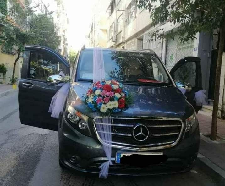 سيارة مرسيدس فيتو للعرسان في الشمال التركي